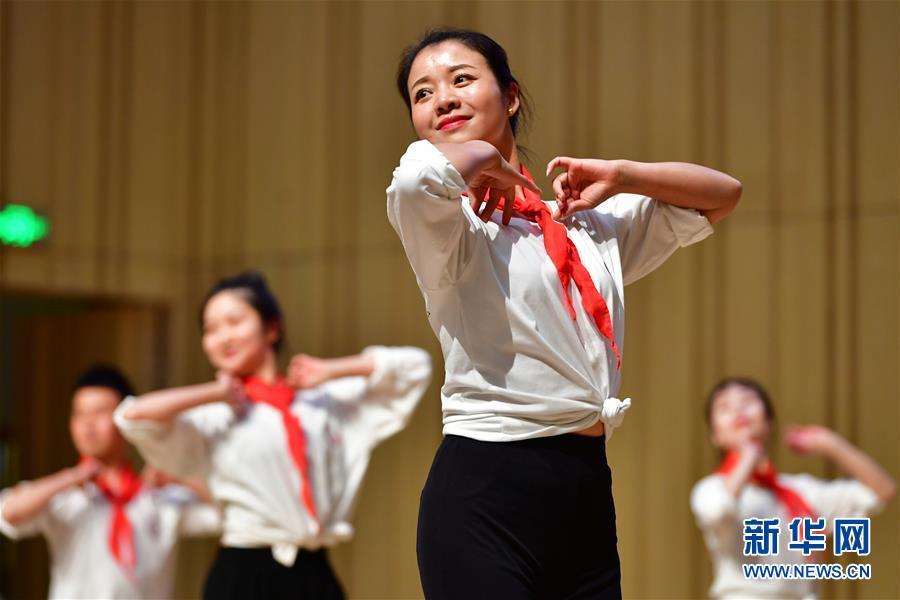 (教育)(2)全国中小学舞蹈教师培优计划(甘肃站)举行结业展示